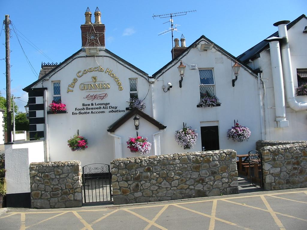 Best areas to stay near the Wicklow Mountains National Park - Roundwood